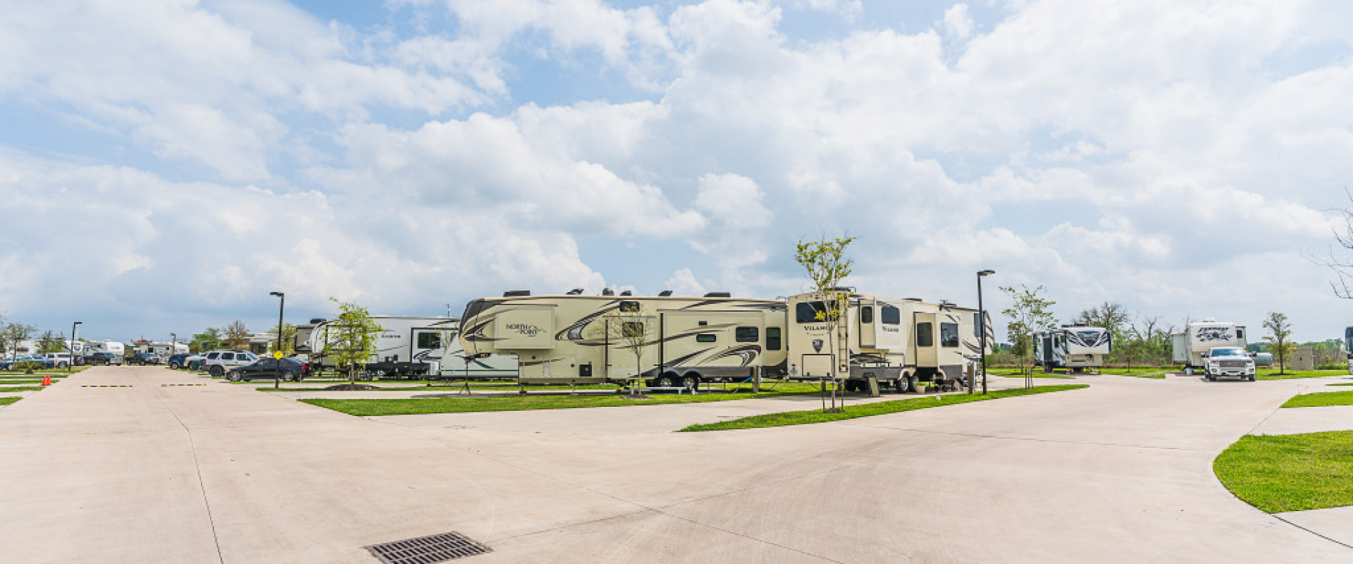 Pearland RV Park II WEB-11
